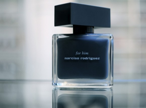 narciso rodriguez for him info and review masculine extraordinary cologne 580x429 - ادو تويلت مردانه نارسيسو رودريگز مدل Narciso Rodriguez for Him Bleu Noir حجم 100 ميلي ليتر